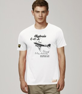 Military T-Shirt C-47 SKYTRAIN WWII Retro